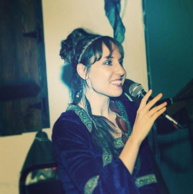 Kimberly-smiling-singing